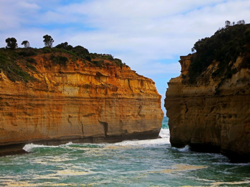 loch and gorge port campbell