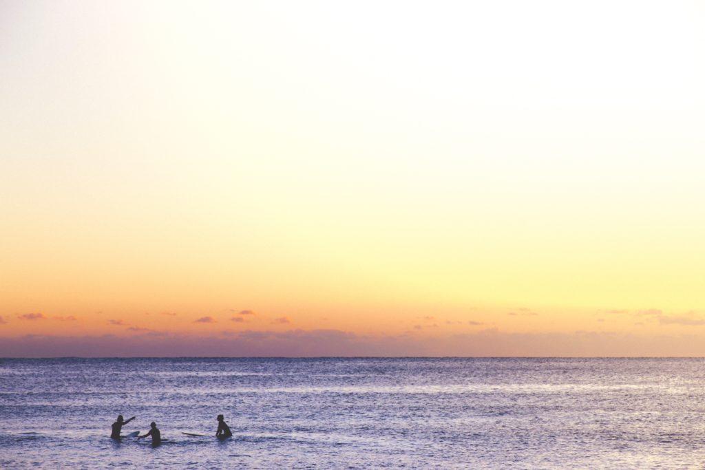 surfing lorne australia