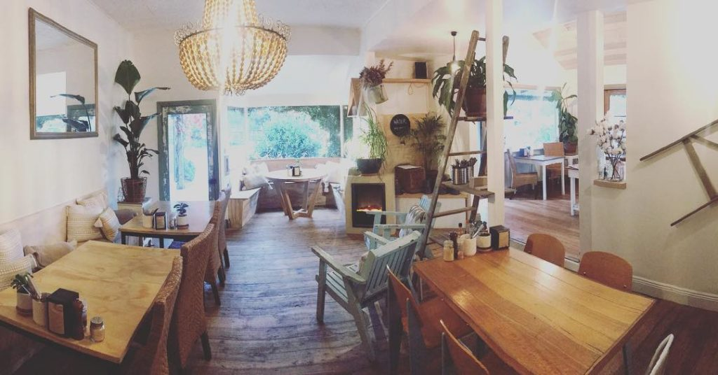 Lorne cafes