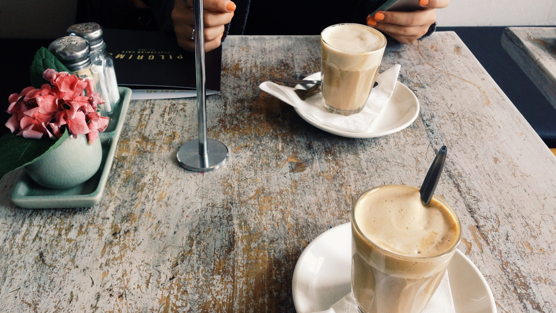 places to eat and drink in anglesea