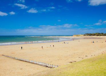 torquay main beach